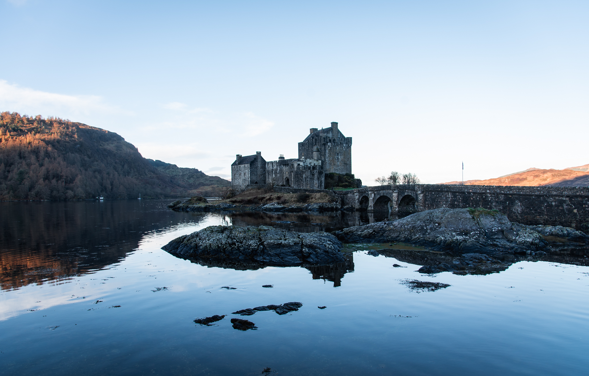 scotland, roadtrip, isle of skye, castle, tinyboots