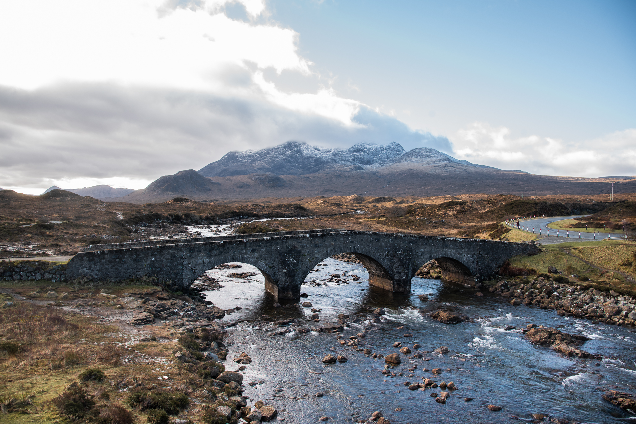 sligachan old bridge, isle of skye, scotland, roadtrip, mountains, river, bridge, instagrammable places in scotland