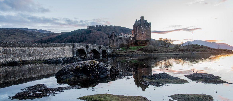 isle of skye, scotland, roadtrip, landscape, mountain, castle, ruin
