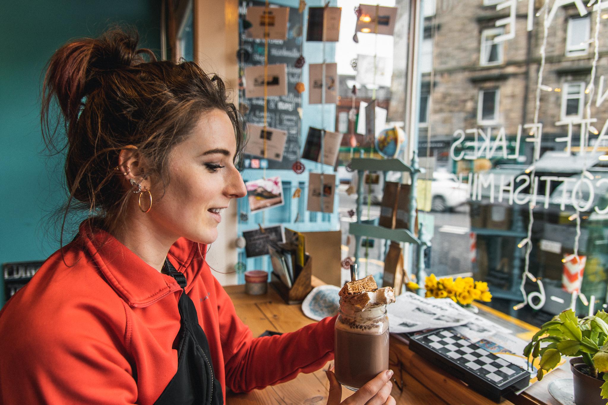 marshmallow lady, scotland, edinburgh, colourful, travel