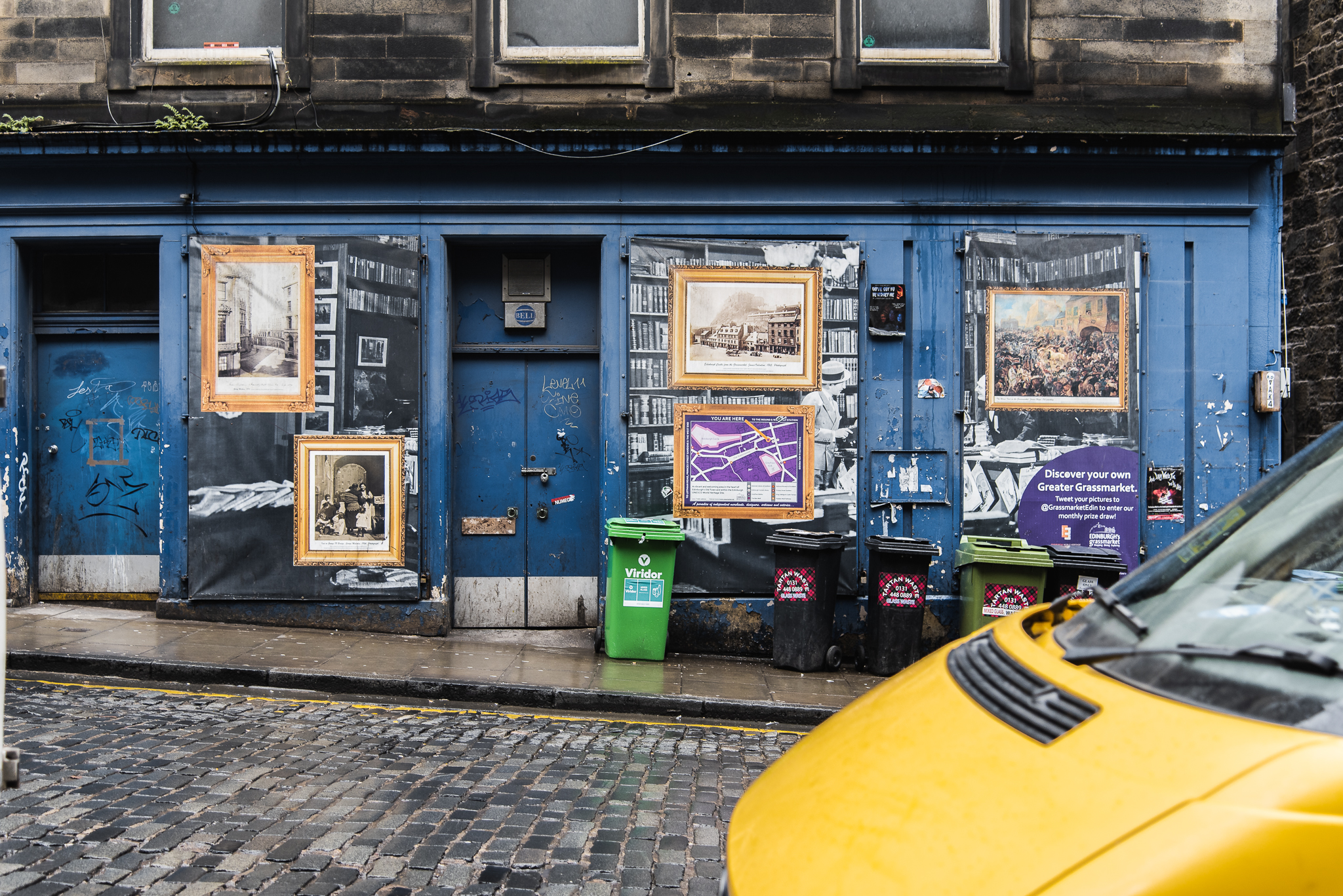 victoria street, edinburgh, scotland, britain , colourful, city