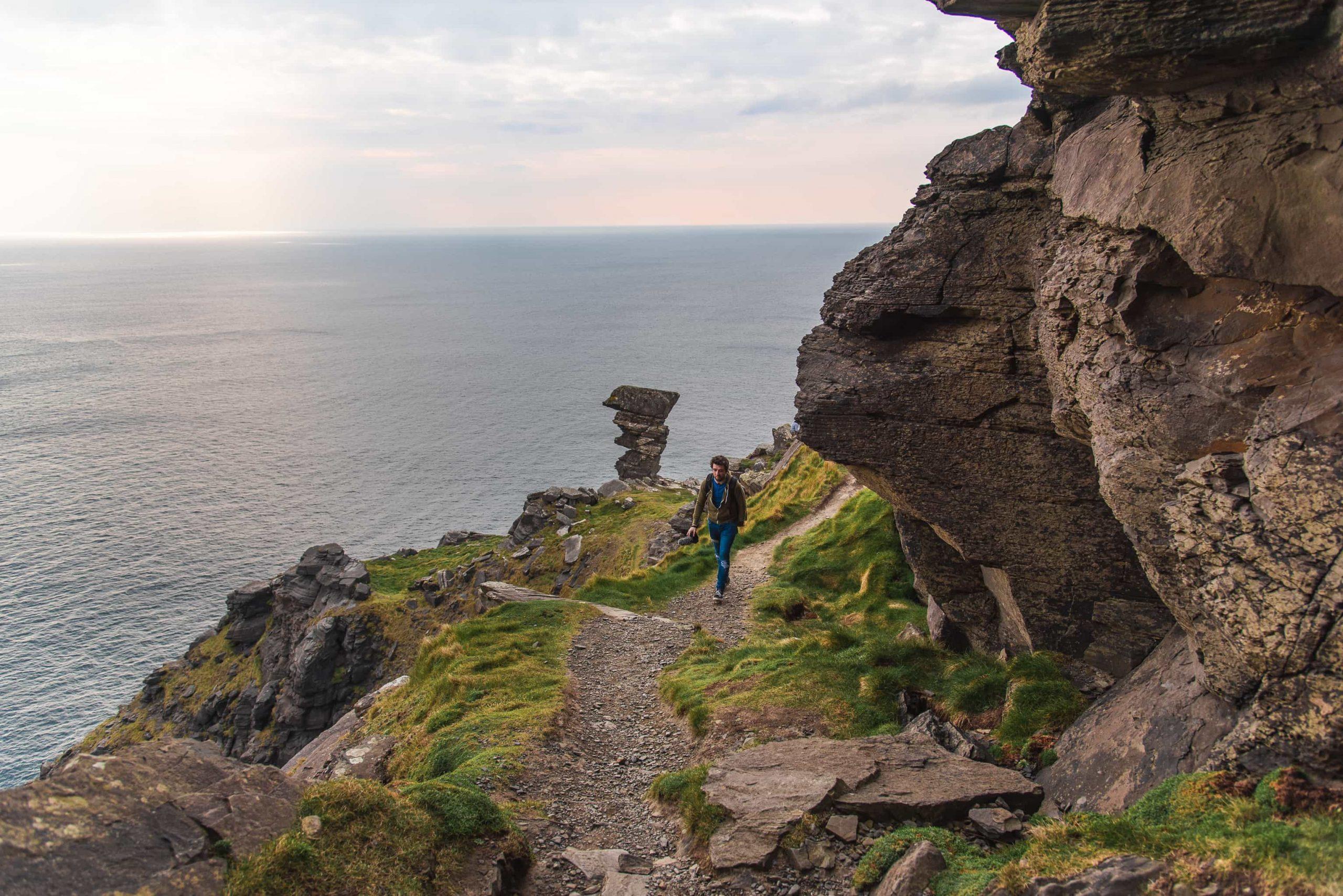 cliffs of moher, liscannor walk, doolin, clare,