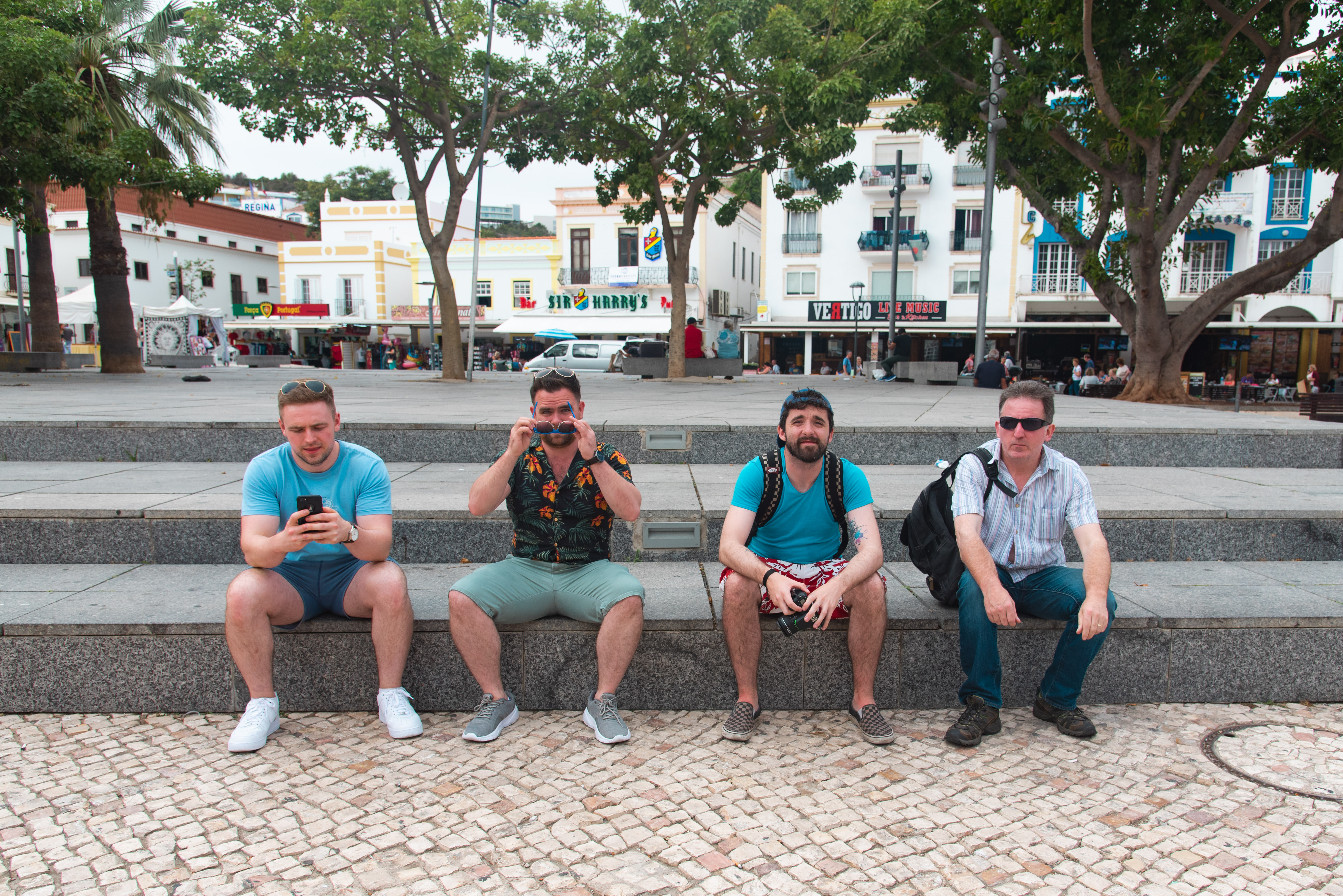 After a walk along the marina we decided to go to Albufeira for a wander.
