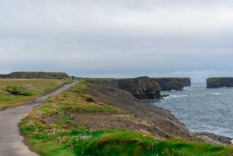 best cliffs in ireland, what are the famous cliffs in ireland, kilkee cliffs, clare, cliffs of moher